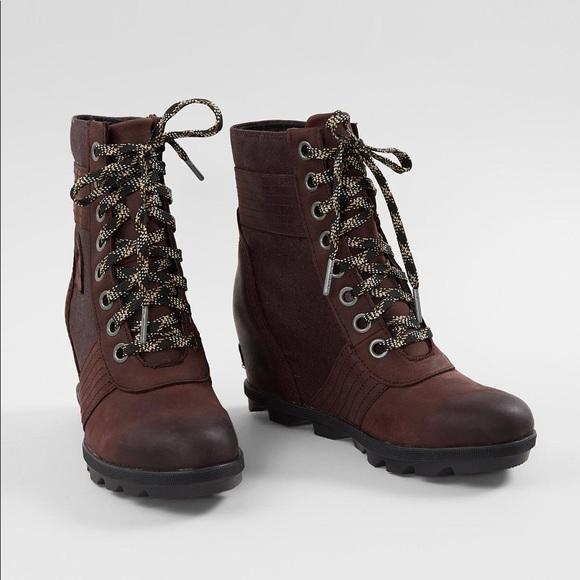 e066084a9570 Sorel women s Lexie wedge shoe. M 5bfe278df63eea832742b410